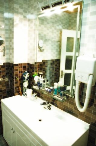 Toilet - Kangke - 站得越高,越知道自己渺小