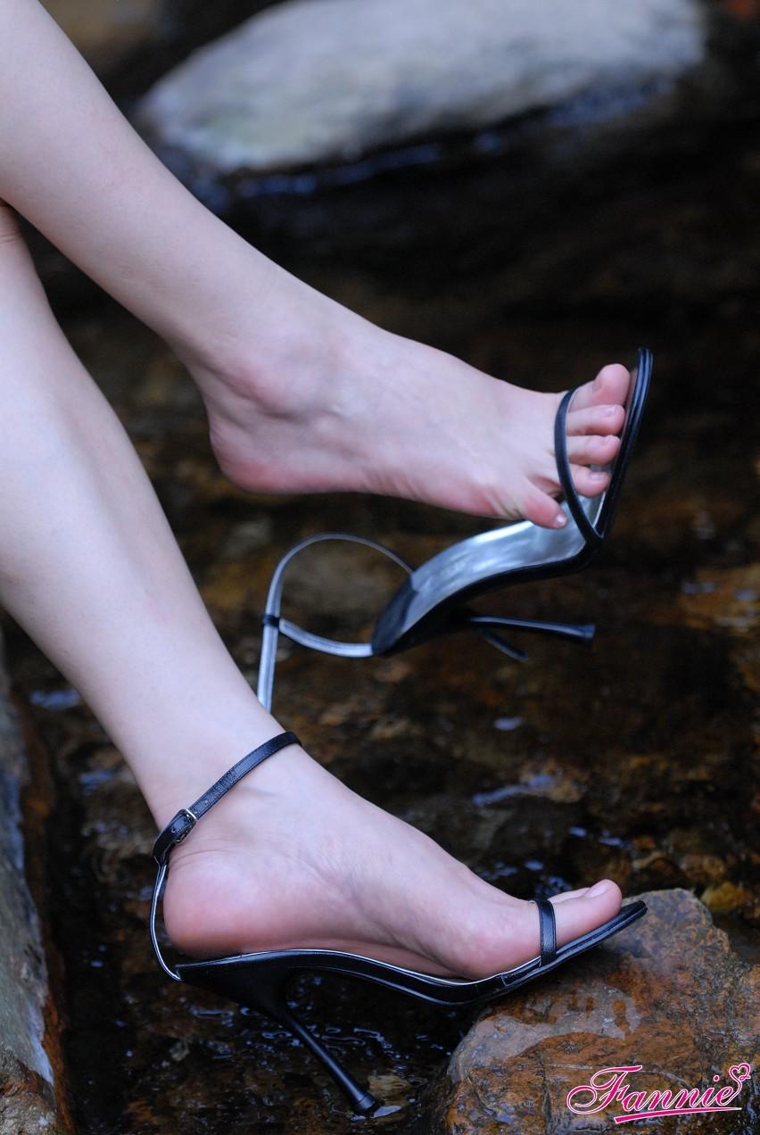 足香氤氲满山谷《三》 - 喜欢光脚丫的夏天 - 喜欢光脚丫的夏天