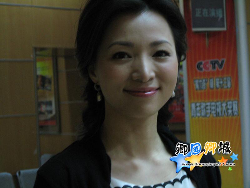 董卿 - 美图共赏 - shenzhen.1975