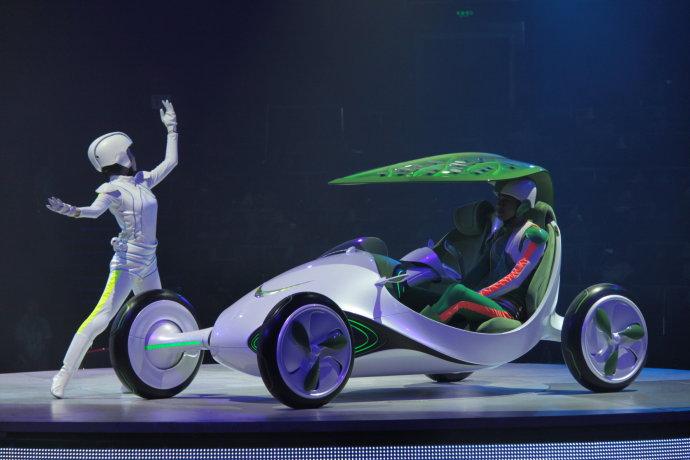 上海世博四日游之六 和未来汽车约会 香草 高行健的博客高清图片
