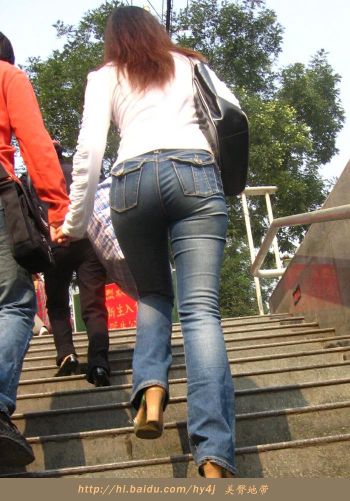 【转载】性感少妇扭着紧臀上阶梯. - zhaogongming886 - 东方润泽的博客