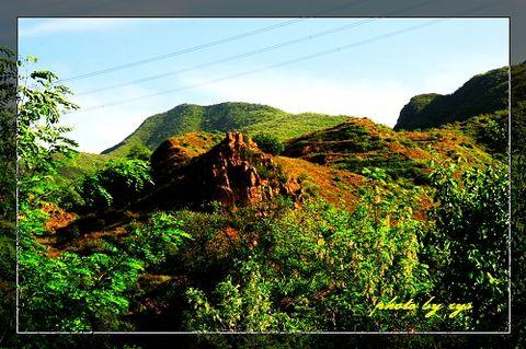 [原创]神州山水(10)山西太谷青龙山《》 - 自由诗 - 人文历史自然 诗词曲赋杂谈