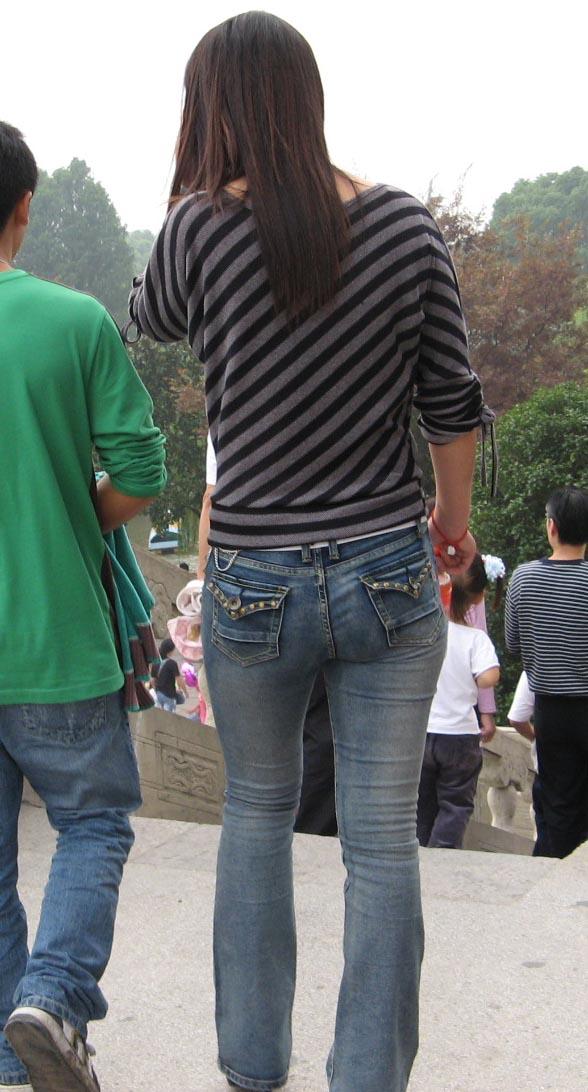 性感紧身牛仔裤MM,身材好棒喔 - 源源 - djun.007 的博客