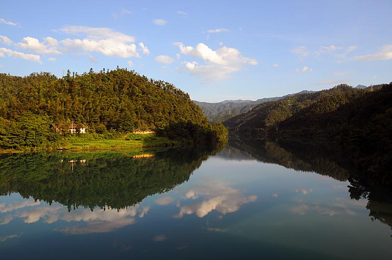 [原创]夕阳照在小东江上 - 歪树 - 歪树