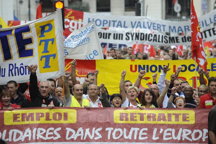法国200万人大罢工,抗议政府退休体制改革(组图) - 刻薄嘴 - 刻薄嘴的网易博客:看世界