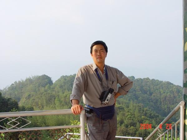 (原)感悟人生之七:中国人请进(图/文) - 和平年代 - 和平年代的搏客