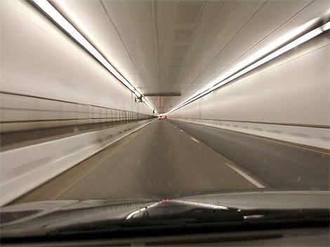 全球18大奇特隧道 - 路人@行者