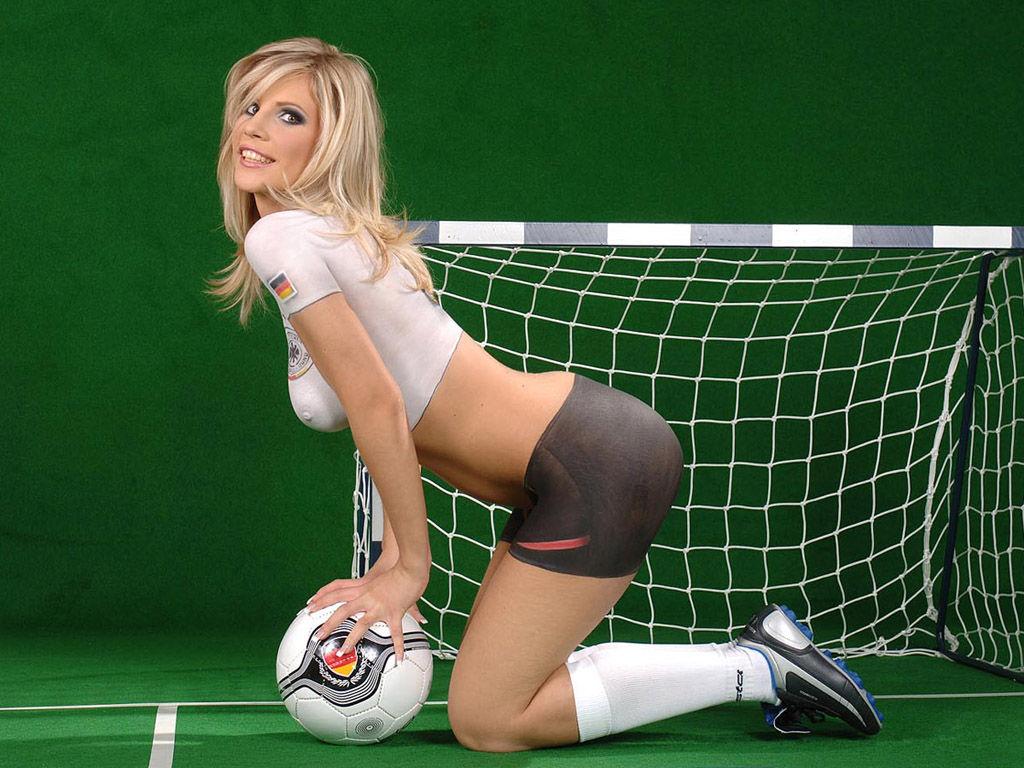 请您欣赏 华丽丽的足球热辣辣的美