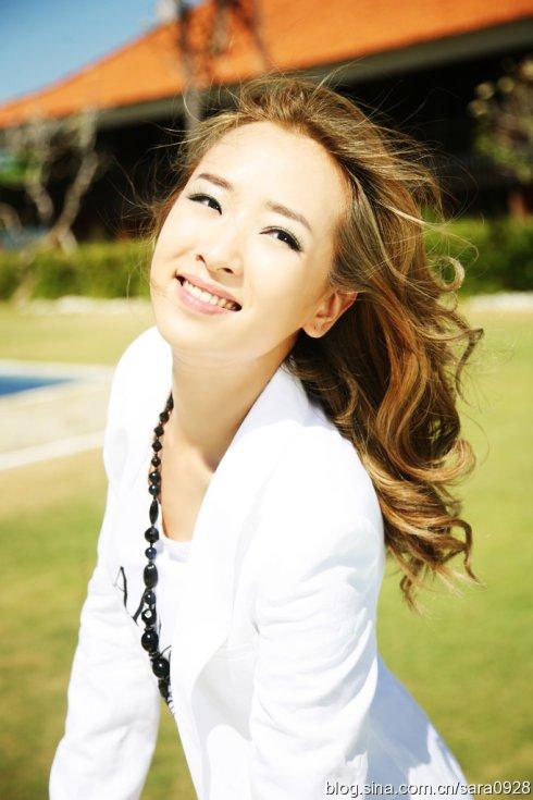 SARA亲身示范春季OL装扮 - 韩国媚眼天使sara - 韩国媚眼天使sara   博客