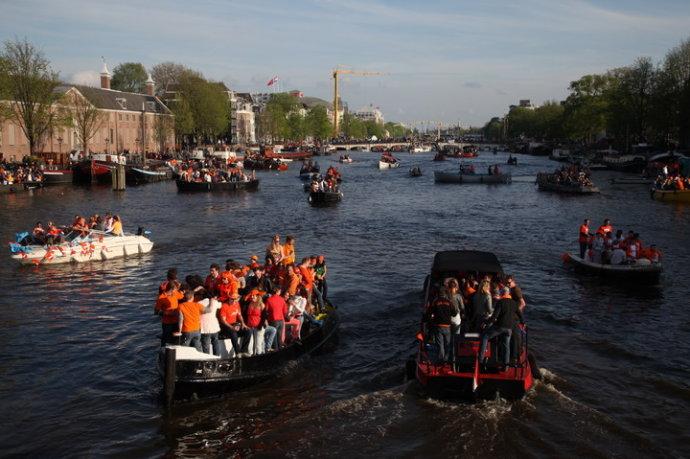 祝贺荷兰的《景.观》 - 区志航 - 好好学习 天天俯卧撑