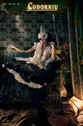 西班牙摄影师Eugenio Recuenco作品欣赏 - 五线空间 - 五线空间陶瓷家饰