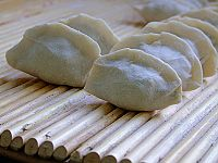神医扁鹊爱吃的荠菜----上午十点的25个荠菜水饺 - 可可西里 - 可可西里