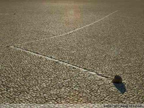 [趣味]自己会跑的石头(转) - 卓尔 - 梦蝶