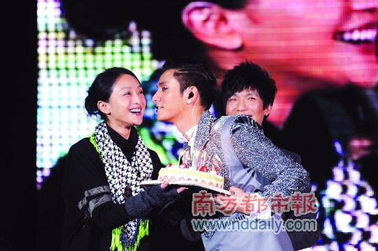 陈坤:这是人生最好的阶段提儿子不想偷偷摸摸