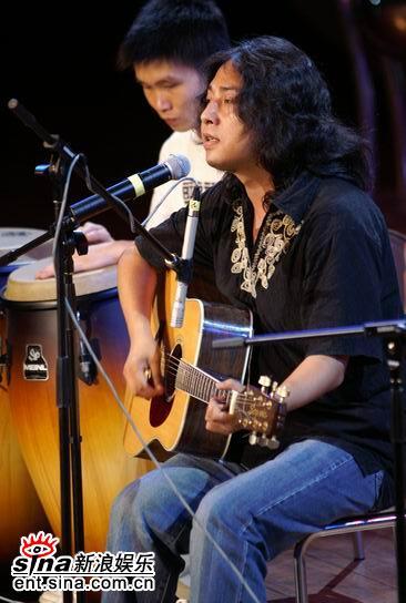 第六届华语音乐传媒大奖:民谣歌手洪启 - hongqi.163blog - 另一个空间
