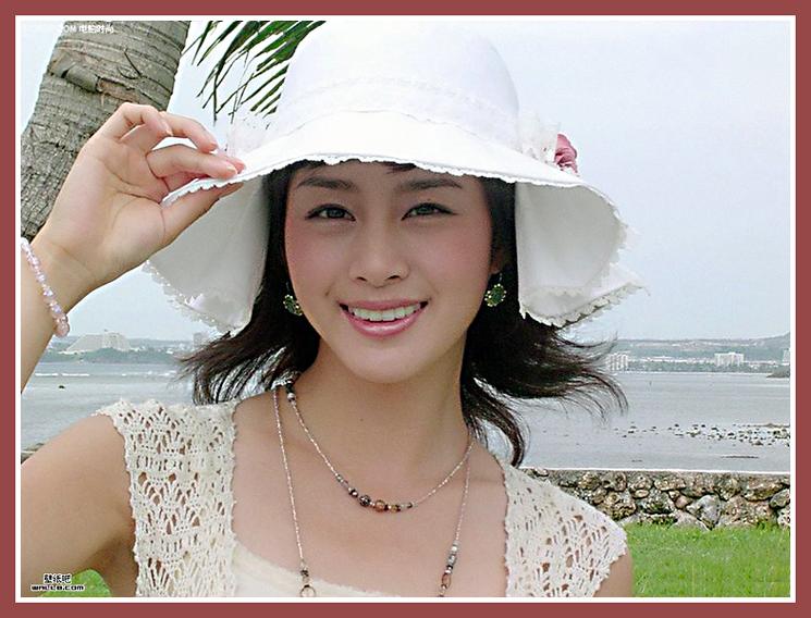 清纯可爱的韩国美女明星金泰熙 清晰多图 信
