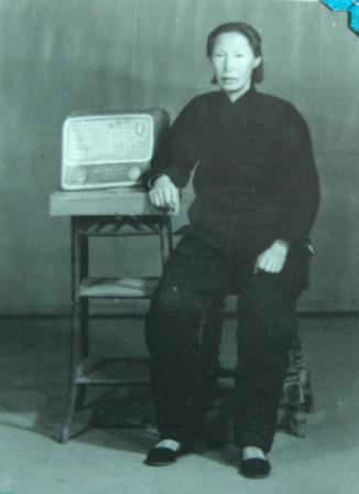 忆母亲     原创 -         香草 - 香草的艺术小屋