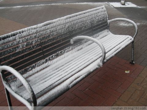下雪了 - 狐敛艳 - 狐敛艳