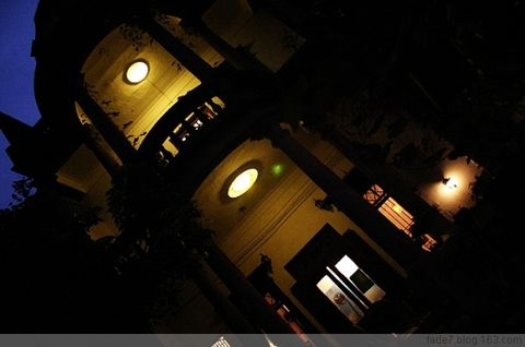第六晚。 - 苍白 - 77楼左往。任我苍白。
