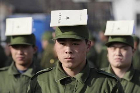 军人图片----08年的新兵开始训练啦 - 披着军装的野狼 - 披着军装的野狼