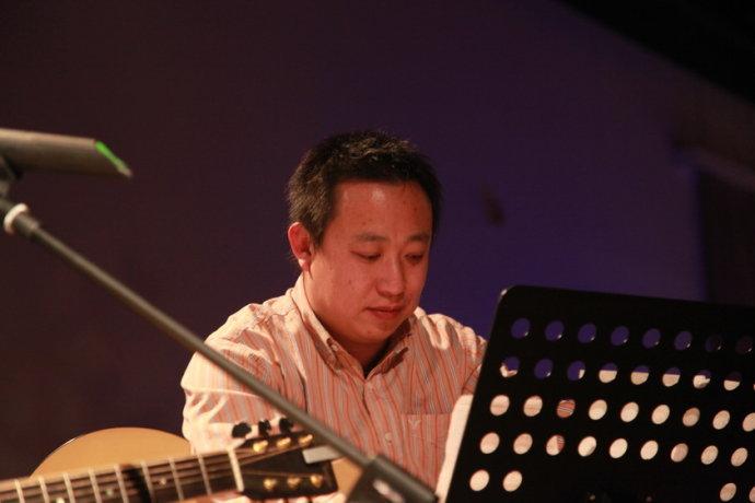 2009年12月31号在颂酒吧 - 吴虹飞 - 颠倒众生的糊涂