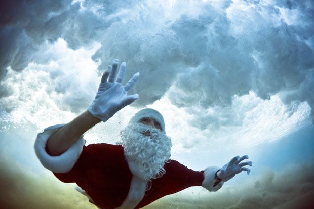 """世界各地欢庆圣诞节,忙坏""""圣诞老人""""(组图) - 刻薄嘴 - 刻薄嘴的网易博客:看世界"""