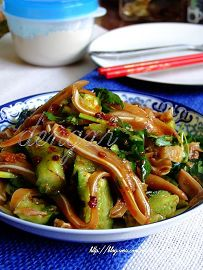 土豆松茸炖排骨---14道无油烟肉菜让夏日煮妇轻松做 - 可可西里 - 可可西里
