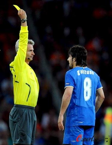 争议用人难掩真正问题先生AC米兰与意大利全被他拖累