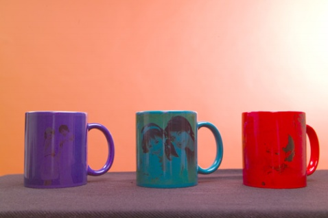 杯子与热水变颜色什么原理_杯子不能装热水的标志