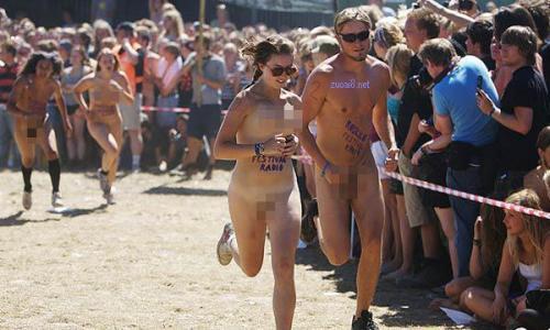 图美国裸体马拉松比赛的疯狂现场