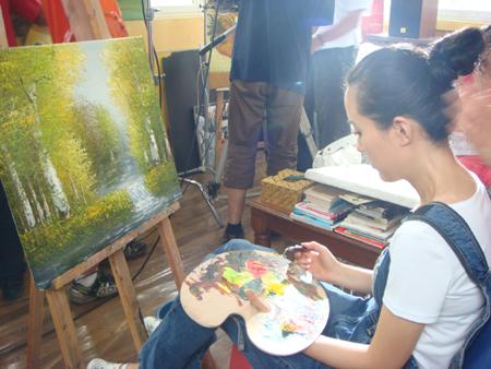 《丁家有女喜洋洋》——我的画家新形象 - rain.911 - 颜丹晨的博客