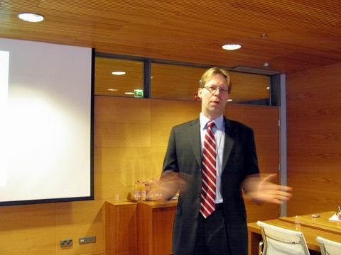 诺基亚的转型之战 - 金错刀 - 《错刀科技评论》