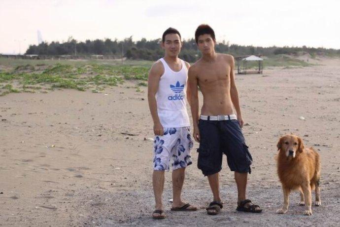 大海---男孩和狗---2