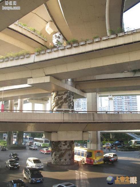 延安路高架桥龙柱传说