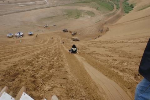 雨中沙漠响沙湾 - 明心 - 明心的博客