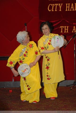 纽约耆英老人活动中心庆周年 - 故乡情 - 故乡情