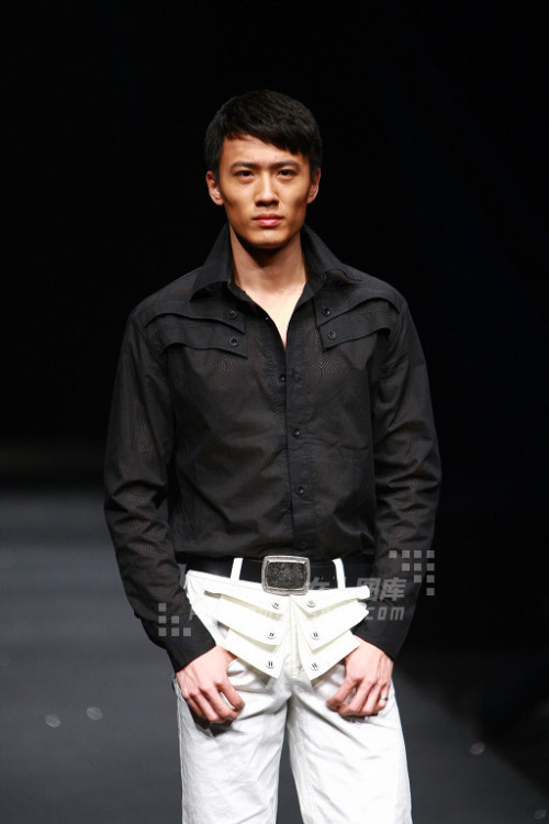 第六届中国职业模特大赛男模亚军——吕元浩 - 110414 - 左岸麦田の魔男志