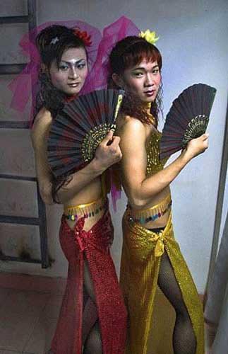 【实拍】中国变性人的真实生活(组图) - 踏雪寻梅 - 李新月3186的博客
