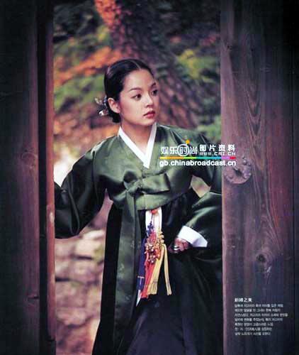 中韩美女明星旗袍PK韩服 - ωǒぐ眞鈊纞~Joyce - 兩呮尛潴嘀啈冨甡萿