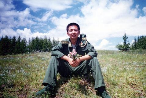 军人相册----武警上尉 - 披着军装的野狼 - 披着军装的野狼