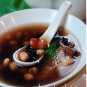 怎样做杂豆鲫鱼汤?