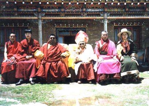 与知识分子谈佛法(一)——迦那伽罗仁波切与刘年谈佛法 - 回向众生 - 回向众生
