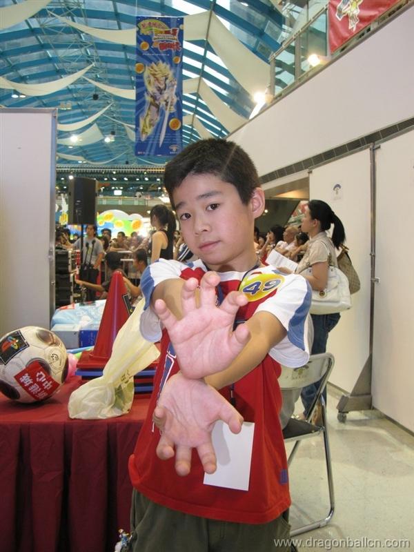我和陈自瑶Rosemary在08香港龙珠展 - DragonballCN - 中国龙珠论坛
