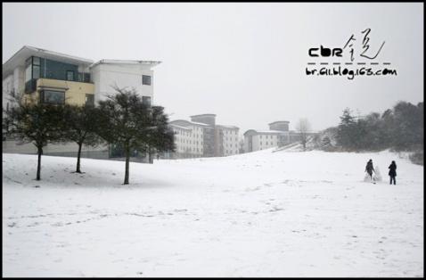 英国很大雪 - CBR - CBR s 6排11號