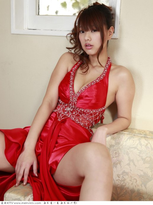 美女红色低胸装 - 快来干我 - 我的博友已满,请主动加博
