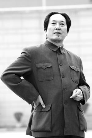 男子酷似毛主席被市民围观拍照(图) - 福建毛泽东 - 福建毛泽东的博客