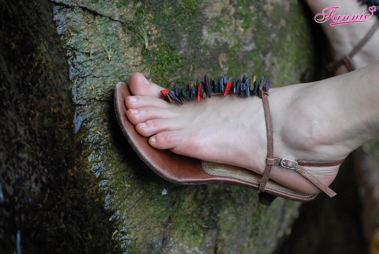 临溪弄影溢清幽 - 喜欢光脚丫的夏天 - 喜欢光脚丫的夏天