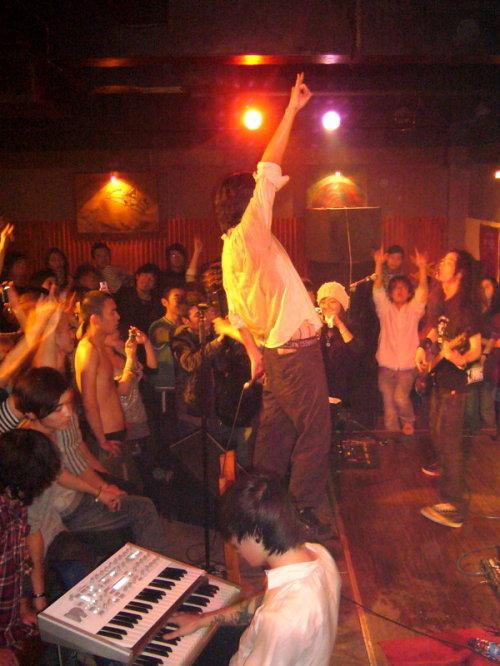 左右乐队】08年全国巡演-兰州站—11月23日 - 虫子 - 拂晓,记忆绽放...★虫子★