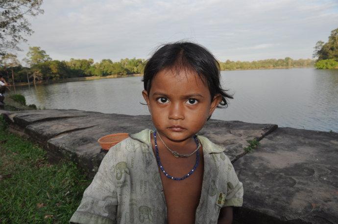 柬埔寨的孩子 - 陶东风 - 陶东风