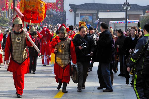 [原创]新春吴山庙会 - 雪山老人 - 雪山老人的博客